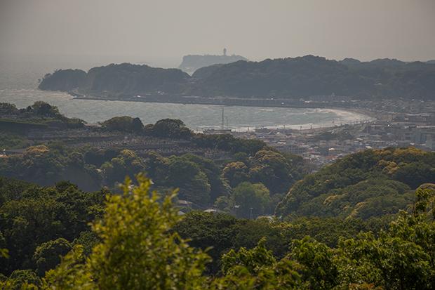 鎌倉 ハイランド パノラマ台からの由比ケ浜、江ノ島